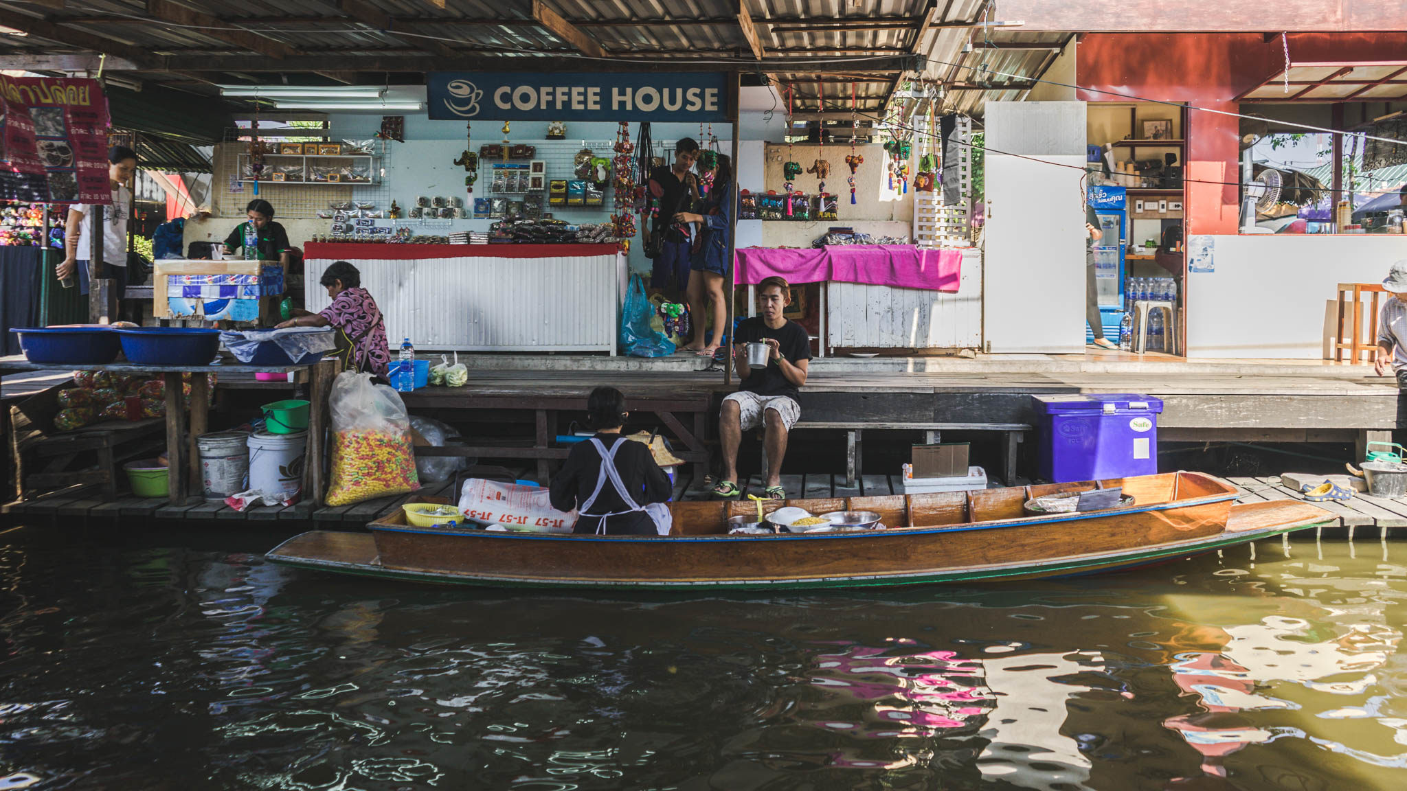 Taling Chan Best Floating Market in Bangkok