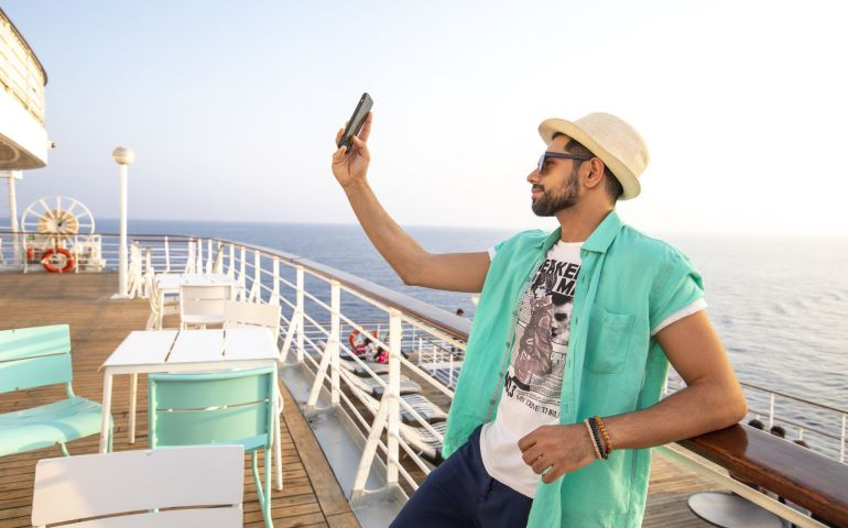 Man clicking pic on cruise