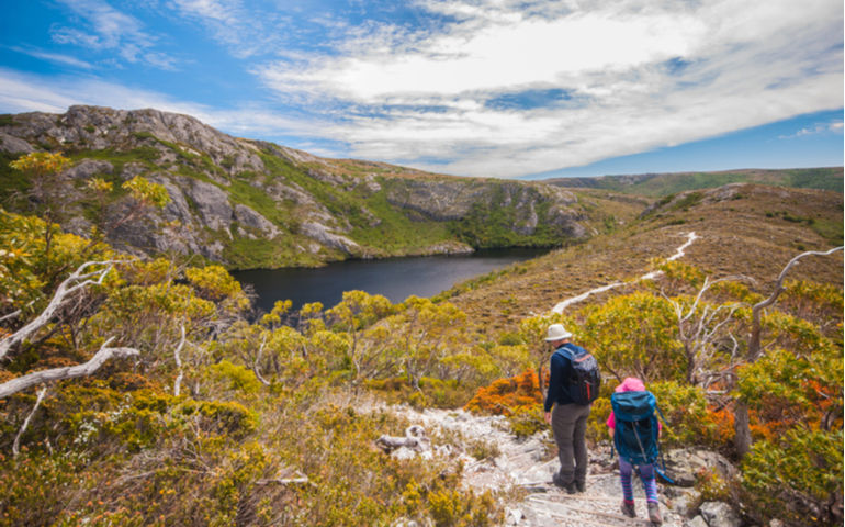 Overland Track Trekking of Australia