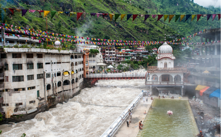 Hot Springs in Manikaran